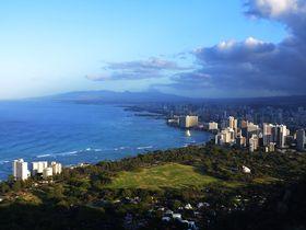 3世代で楽しめる!ハワイ「ダイヤモンド・ヘッドトレッキング」