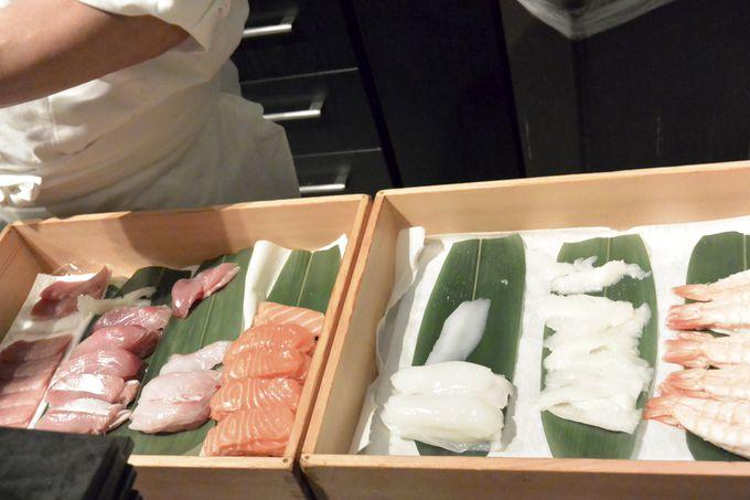 定番メニューの寿司、天婦羅、ローストビーフはリピート必須