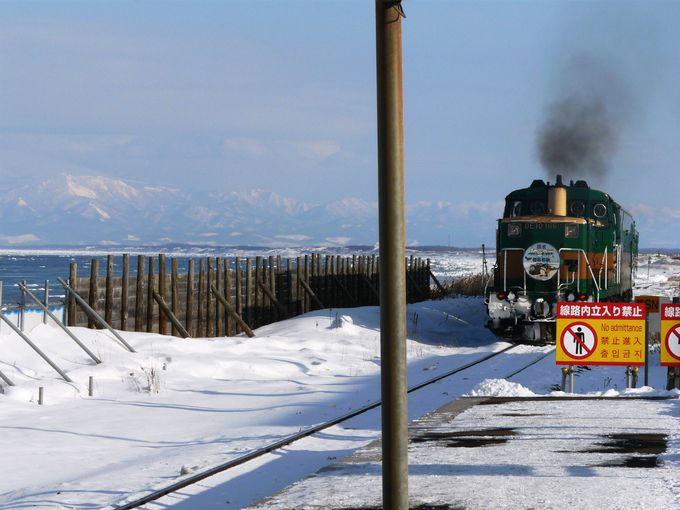 旅情たっぷり!!「流氷ノロッコ号」とオホーツク海に一番近い駅「JR釧網本線 北浜駅」