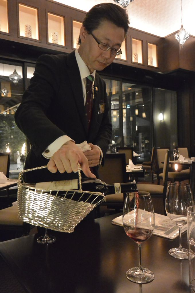 宝石箱のような野菜たっぷりの前菜に、埼玉深谷和牛のグリルなど美味の連続