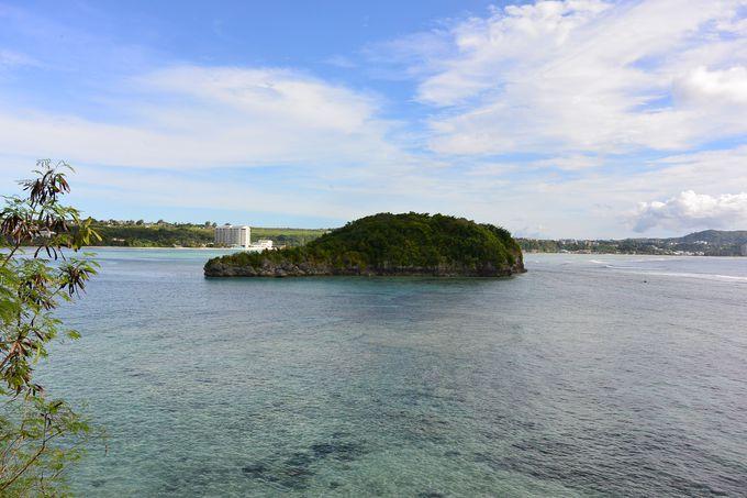 カヤックでアルパット島へ漕ぎ出すアクティビティも