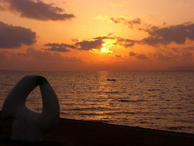多くの文人墨客に愛された宍道湖の夕日を堪能しましょう