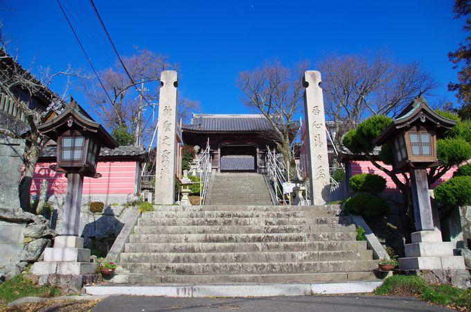 登山コースにもなっている二千有余年の歴史もつ神社
