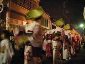 「おわら風の盆」越中八尾に伝わる民謡行事 一度見て聴けば虜になる日本の祭り|富山県|トラベルjp<たびねす>