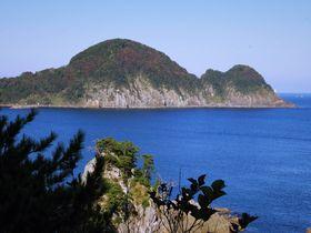 おなかの上、歩けます!キューピーに見える豊岡市竹野浜「猫崎半島」|兵庫県|トラベルjp<たびねす>