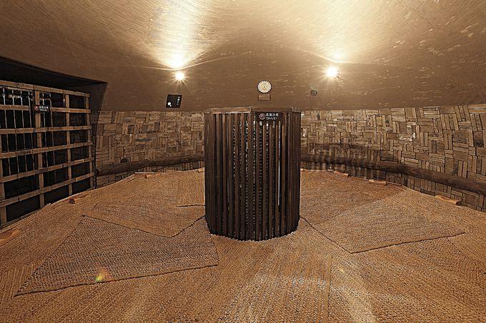「延羽の湯 野天 閑雅山荘」の魅力は着衣サウナ「古式蒸窯」にもあり