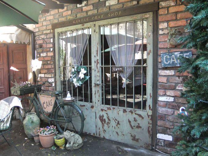 未公開だった中庭をカフェとしてオープン