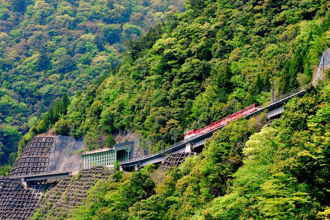 日本一の急勾配を通って秘境駅「奥大井湖上駅」へ