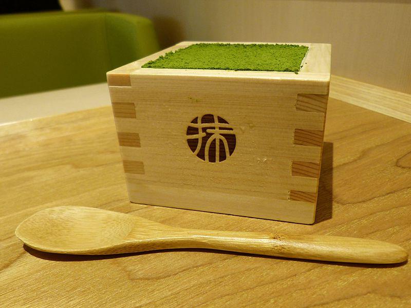 行列必至な京都の抹茶ティラミス!滋賀なら並ばずに食べられます!