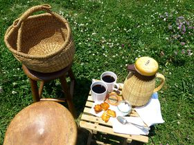 WIFE&HUSBANDで手ぶら鴨川ピクニック!京都の開放的すぎるカフェ|京都府|トラベルjp<たびねす>
