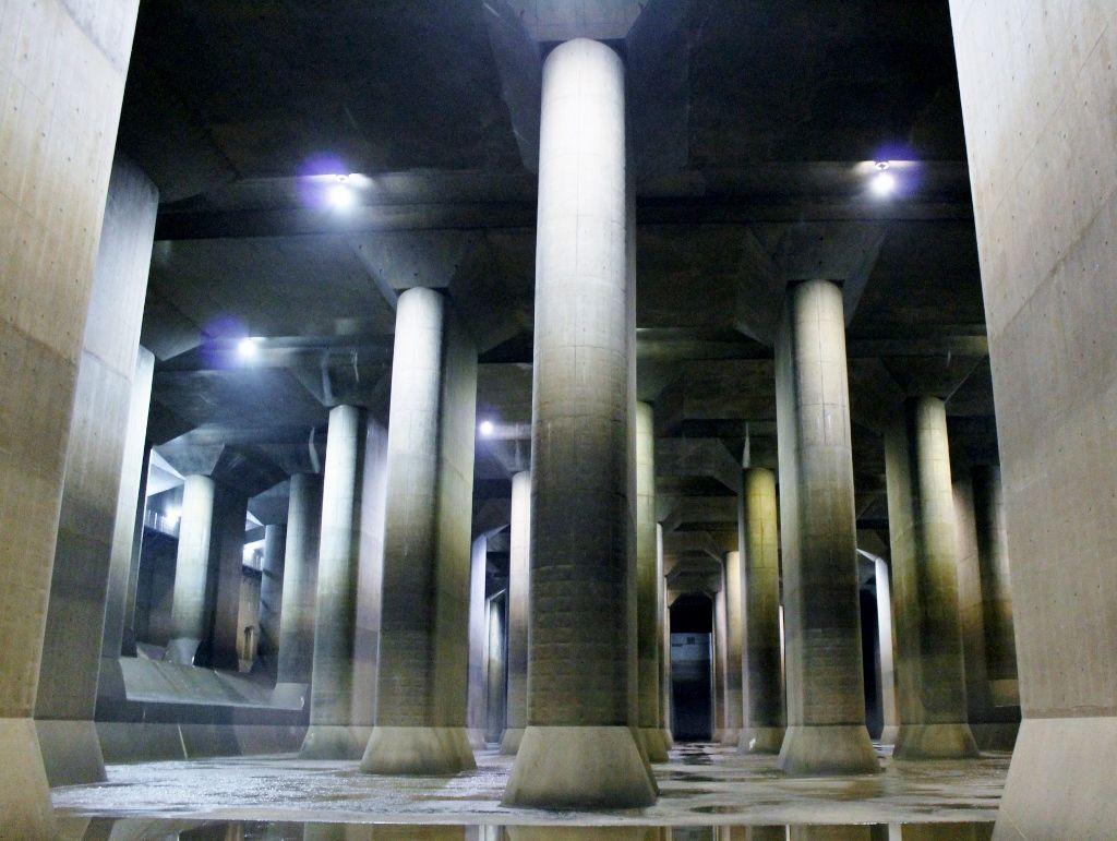 まるで地下神殿!埼玉の穴場観光スポット「首都圏外郭放水路」