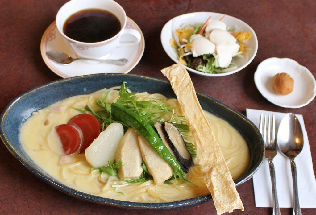 こだわりは旬の京野菜と自家製豆乳