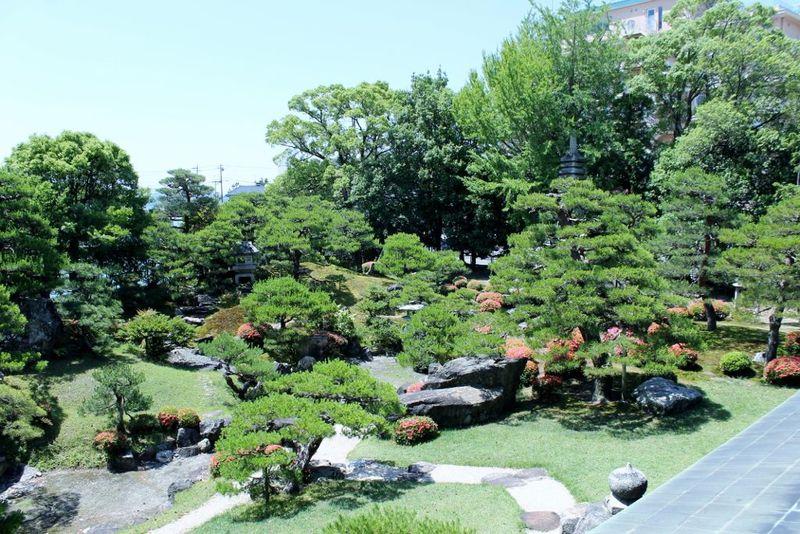 滋賀・長浜「琵琶湖の眺望・パワースポット・名勝庭園」を満喫!