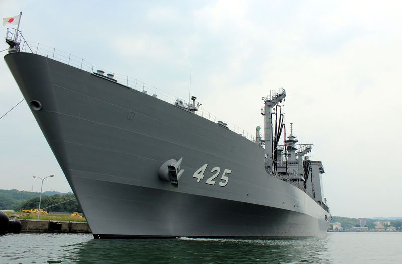 イージス艦が目前に!?艦艇マニア歓喜の舞鶴港遊覧船がちょっと凄い!
