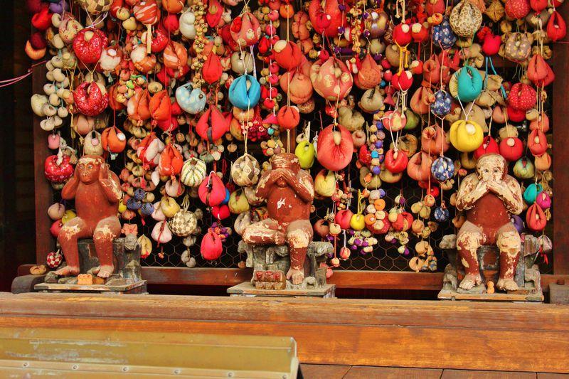 お猿さんがいっぱい!東山「八坂庚申堂」は京都の猿の寺!