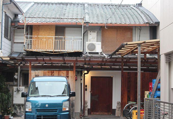 街並みに完全に調和した「葵・鴨川邸」