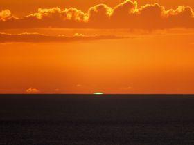 小笠原諸島・父島「ウェザーステーション」で幻の緑色の閃光を目撃せよ!|東京都|トラベルjp<たびねす>