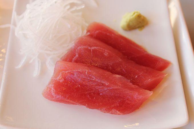 勝浦港直送のマグロを朝から食べよう!