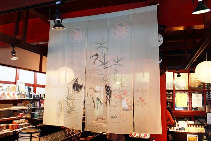 「花嫁のれん」で注目の石川県七尾市・一本杉通り。歴史や文化にふれあう街