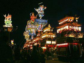 高さ16m巨大燈籠山が練り歩く能登山車祭り!~飯田町燈籠山祭り~|石川県|トラベルjp<たびねす>