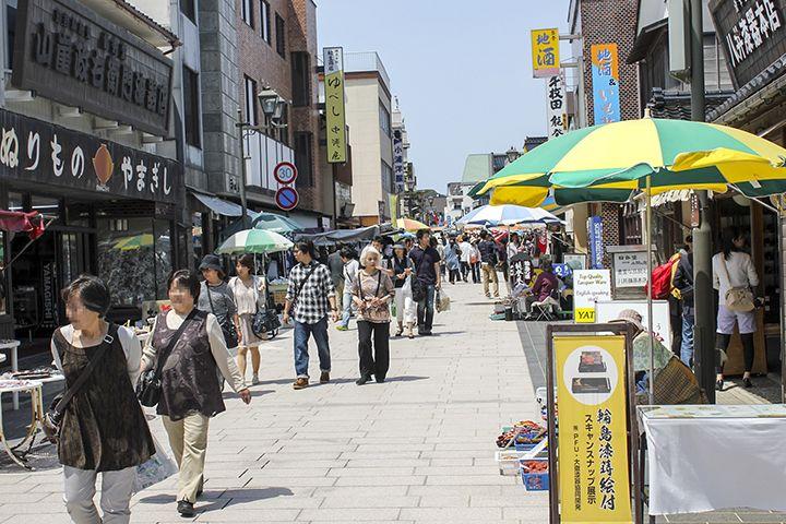 約一千年もの歴史をもつ輪島朝市。日本三大朝市の一つとして有名!