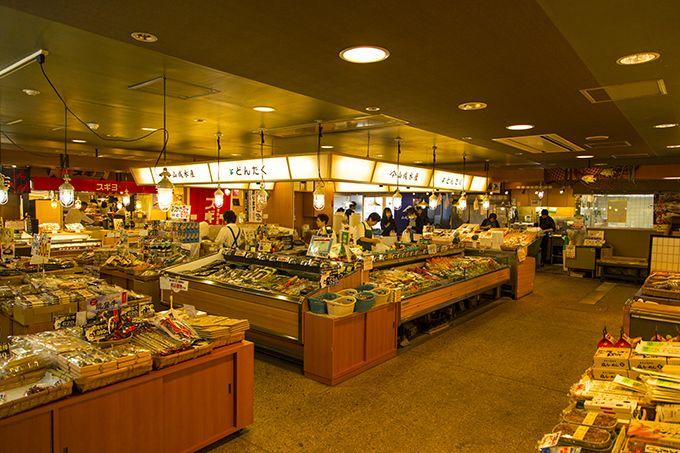 日本海の海の幸がならぶ「能登生鮮市場」!