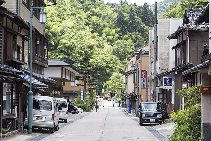 多くの人が癒しを求める金沢の奥座敷・金沢湯涌温泉!