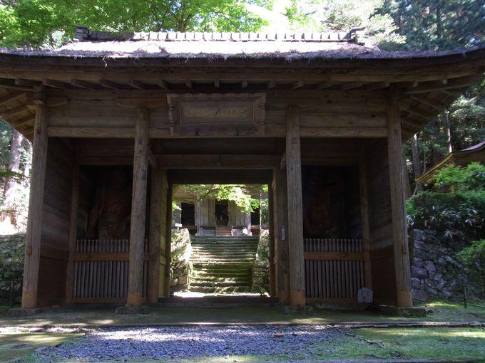 山岳密教寺院・金勝(きんしょう)寺