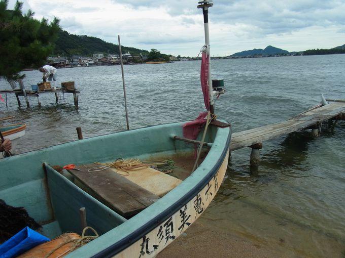 蕪村の恋人がいたと伝えられる溝尻の舟屋集落