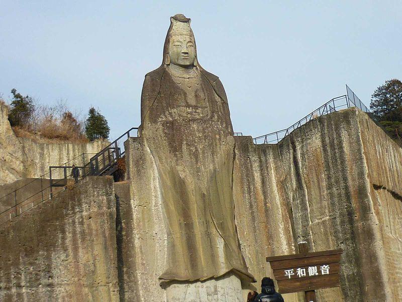 神秘の石!宇都宮市大谷地区で大谷石めぐり