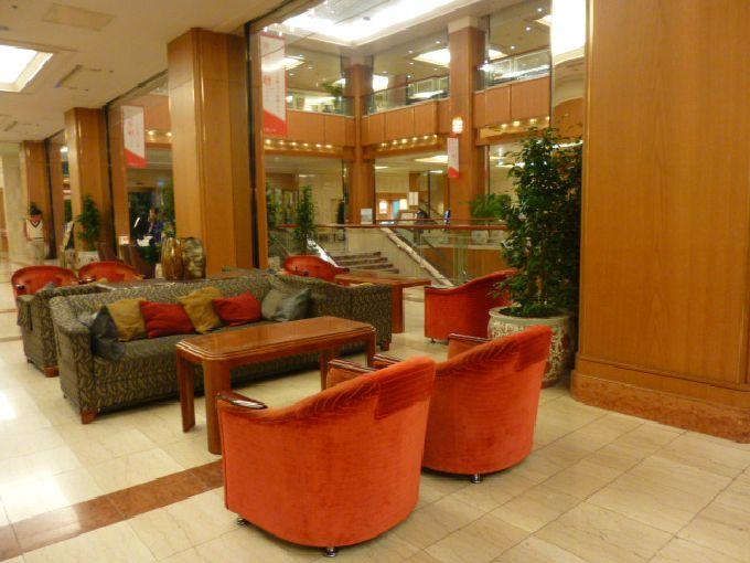 アクセスの良さは都内一!都会のオアシス「ロイヤルパークホテル」