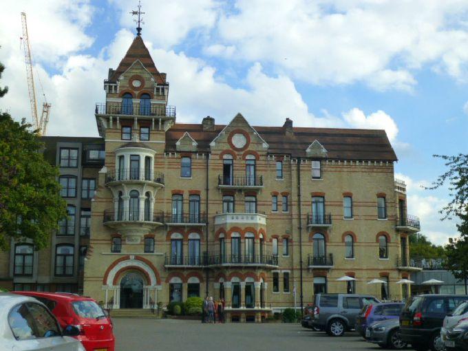 ビクトリア様式のピーターシャムホテル