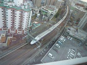 仙台駅近!天然温泉とトレインビュー「アパヴィラホテル<仙台駅五橋>」