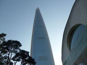 超高層555m!ロッテワールドタワー展望台「ソウルスカイ」雲上からの眺望