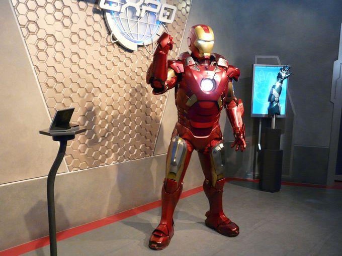 マーベルのヒーロー「アイアンマン」とも出会える