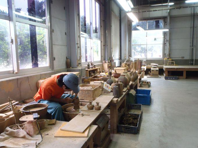職人3人による、くぅーすの為の甕作り