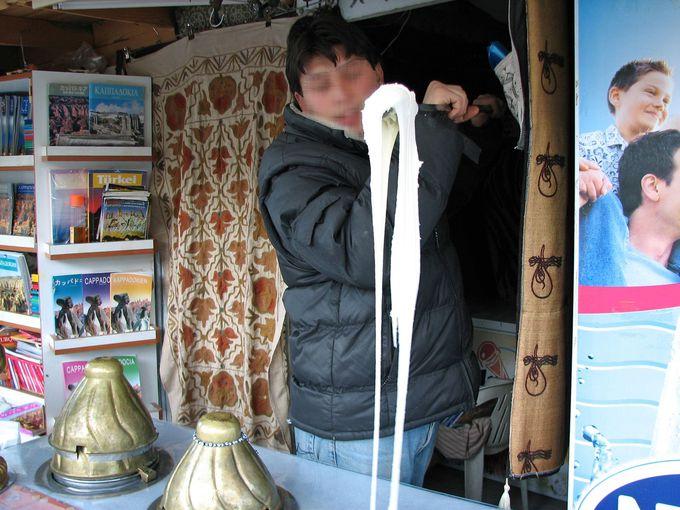 本場で食べたい!のび〜るトルコアイス、ドゥンドゥルマ!