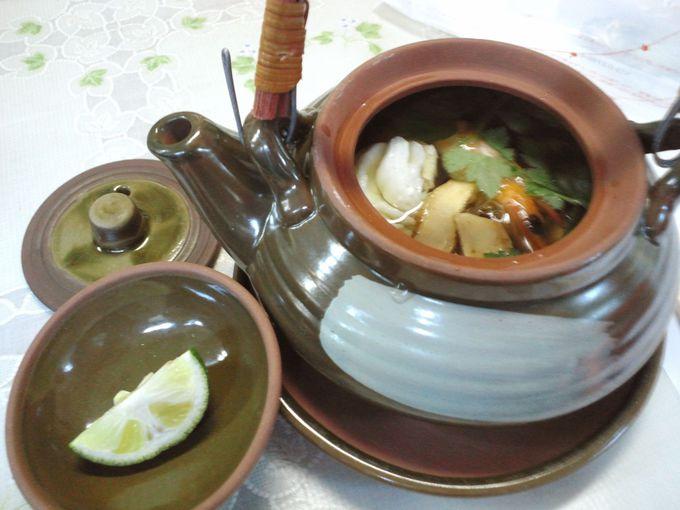 土瓶蒸しは熱々!なんと、松茸ごはんも食べ放題!