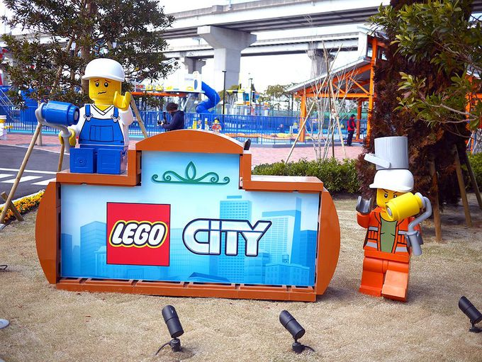 家族みんなで楽しめる大人気エリア「レゴ・シティ」