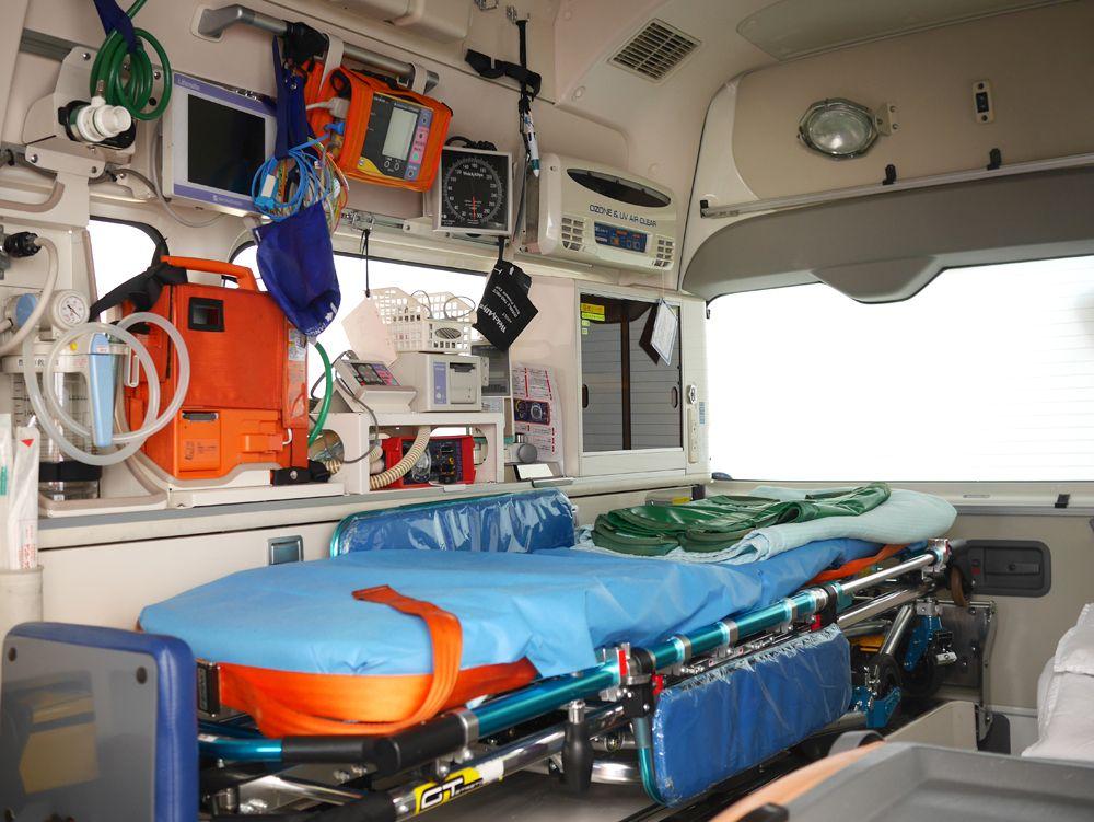 消防・救急車両の内部には、大人の方が興奮するかも