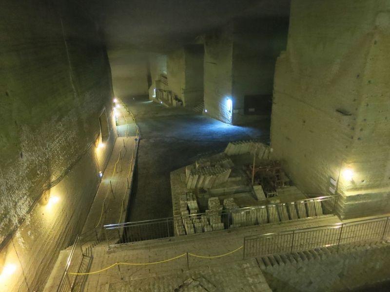 地下の採掘場から日本最古の磨崖仏まで!宇都宮 大谷石を巡る旅