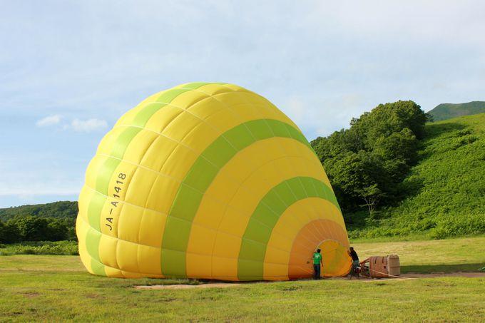 気球に空気を入れるところも見られる!