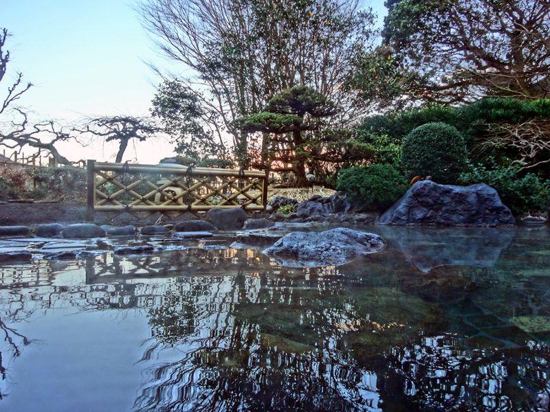 赤ちゃんと温泉旅行!箱根湯本唯一の混浴露天旅館・湯さか荘