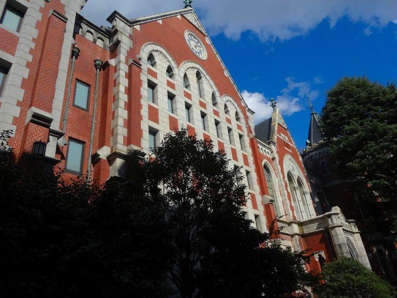 キャンパスは観光地!港区慶應大学と福沢諭吉のトリビア旅行