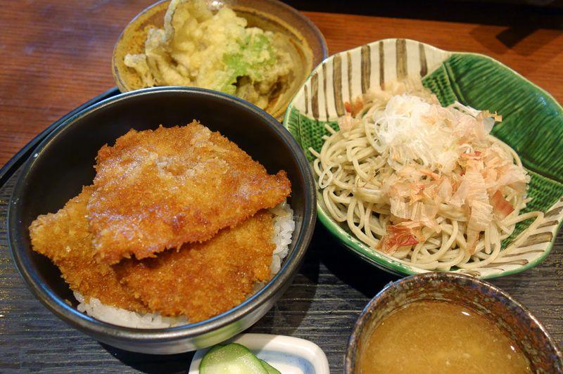 福井郷土料理の情緒ある蕎麦屋「九頭龍蕎麦」