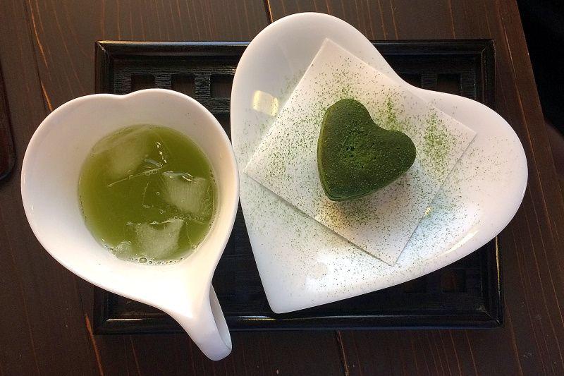 お茶とスイーツの「茶美」