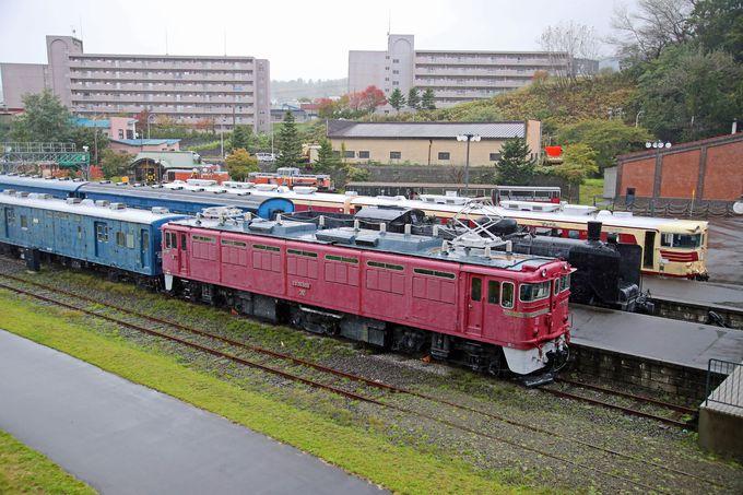 屋外には北海道にゆかりの車両を展示