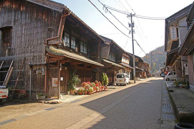 昔ながらの町並みが残る今庄駅周辺