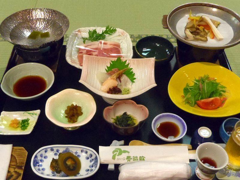 夕食は「和膳 or ハーフバイキング」さぁどっち?