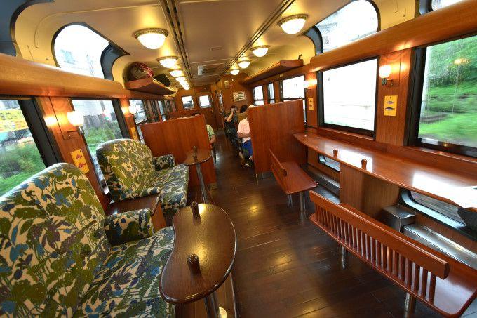 人気の観光列車「特急 指宿のたまて箱(愛称:いぶたま)」